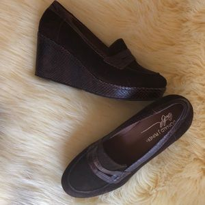 Donald J. Pliner Geneva suede loafer wedge sz 7.5
